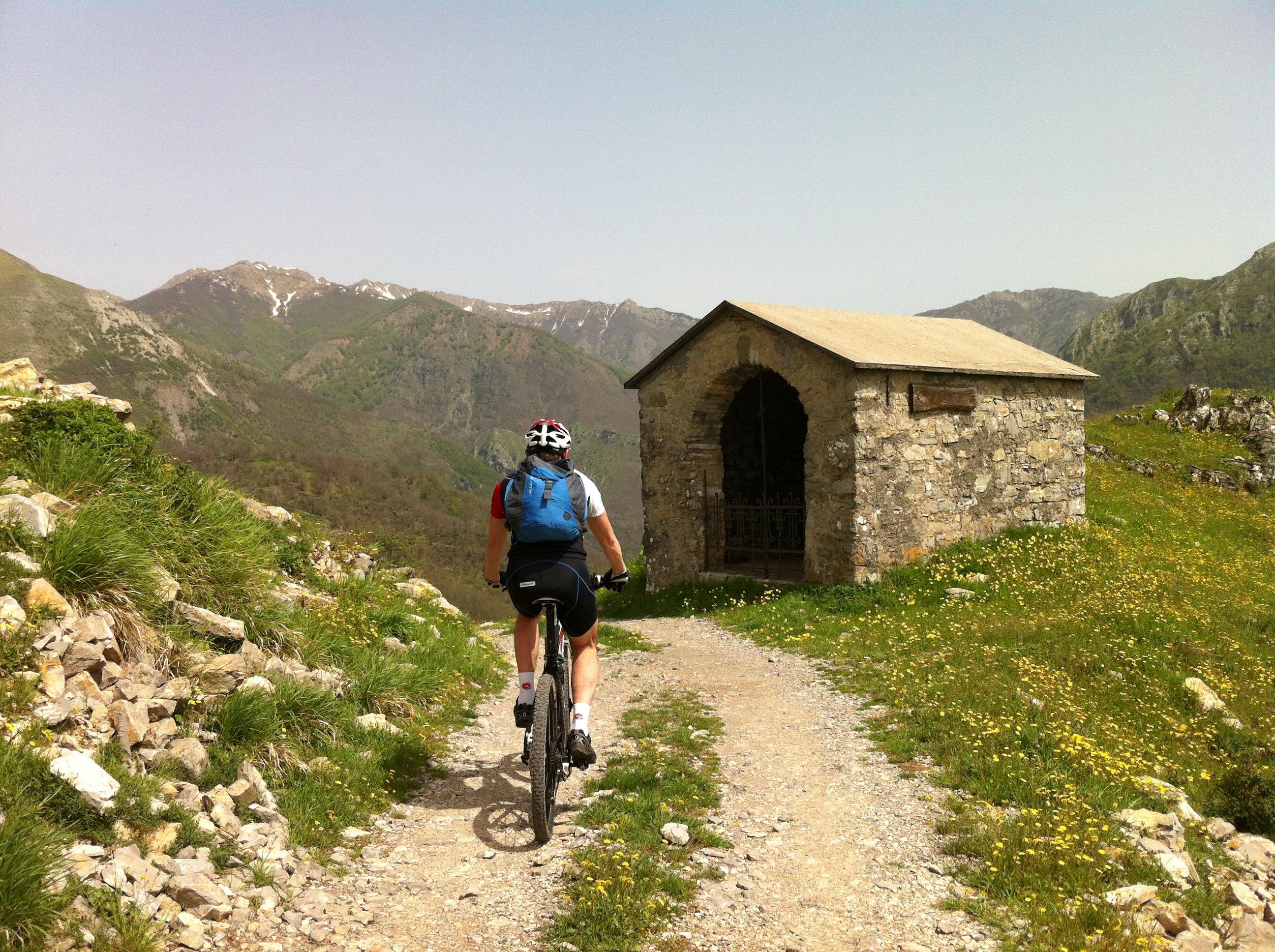 Mountain bike turismo bagni di luccaturismo bagni di lucca - Canyon park parco avventura bagni di lucca lu ...
